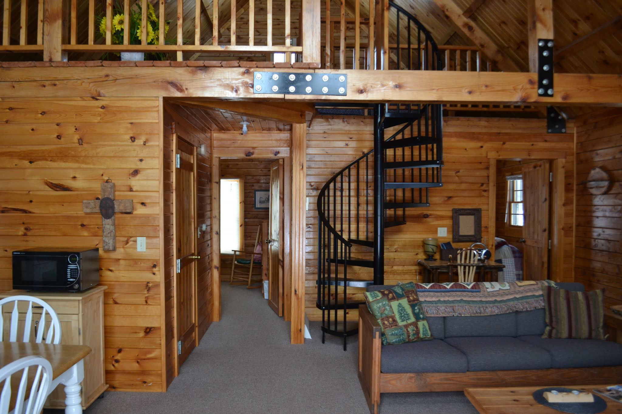 Captivating The Cabin Is Reserved For The Speakers Of Summer Camps, Retreats, And  Events. It Is Also Used As A Retreat For Pastors And Their Families.